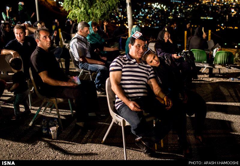 پايگاه اطلاع رساني مثلث | زيبايي هاي بام تهران در شب قدر