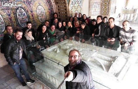 هنرمندان در صدد بر هم زدن خلوت کریمخان