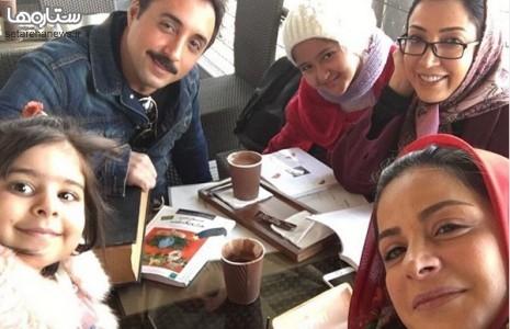 نگار عابدی و امیرحسین رستمی در یکی از رستورانهای پل طبیعت/عکس