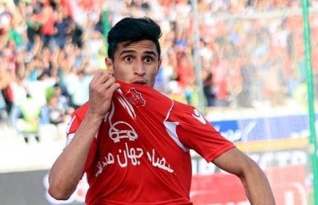 علی علیپور قراردادش با پرسپولیس را سه فصل دیگر تمدید کرد