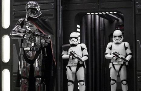 «جنگ ستارگان» رکوردها را شکست/ فروش ۴۵۰ میلیون دلاری در سه روز