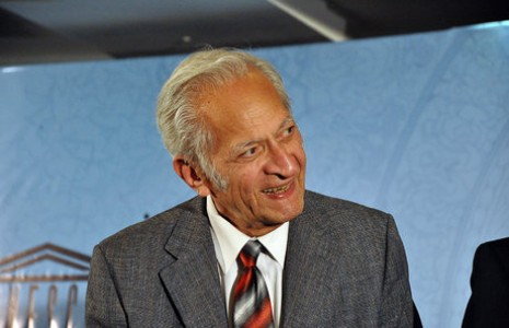 پروفسور علی اصغر خدادوست