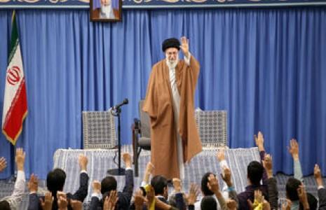 رهبر انقلاب: مذاکره با آمریکا هیچ نتیجهای ندارد چون قطعا هیچ امتیازی نمیدهند